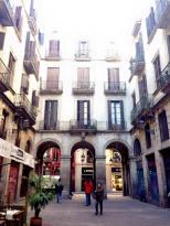 Barcelona_Gothic_Quarter_10