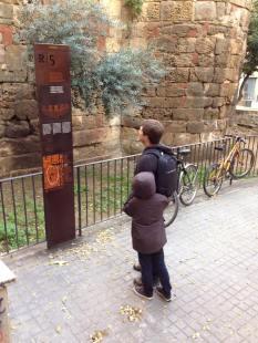 Barcelona_Gothic_Quarter_18