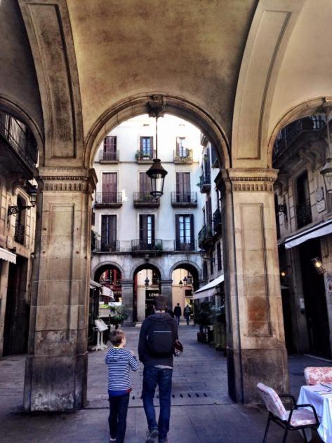 Barcelona_Gothic_Quarter_41